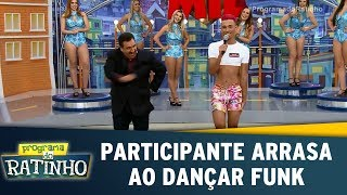 Download Participante arrasa ao dançar funk | Programa do Ratinho (17/07/17) 3Gp Mp4