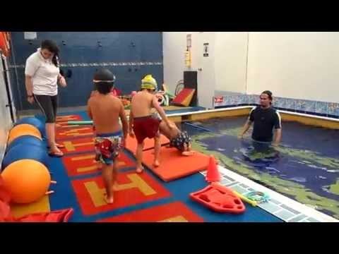 Muestra de natación de Tomás Freyle.