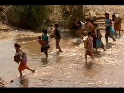 Thousands cross Thai border to flee Myanmar vote violence