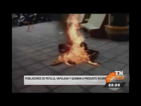 Pobladores de Patulul vapulean y queman a presunto sicario