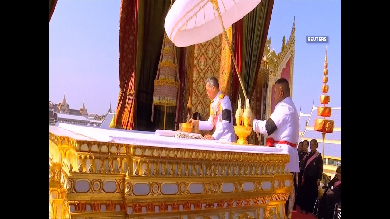 Late Thai King remains collected after night of tears