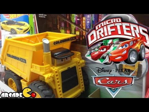 Cars 2 Colossus XXL Car Chomping Dump Truck Eating Micro Drifters Chase! Chomp! Capture!