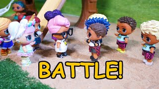 LOL SURPRISE DOLLS Battle During Recess!