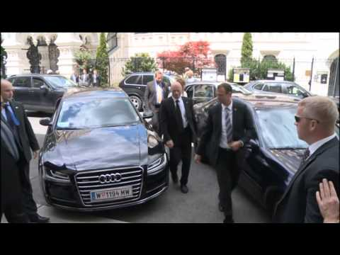 EU HR Catherine Ashton at the E3+3 negotiations with Iran: Meeting with Foreign Minister Zarif