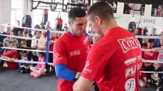 TOMMY COYLE GETS GLOVED BY TRAINER JAMIE MOORE @ OPEN MEDIA DAY : RUMBLE IN THE HUMBER