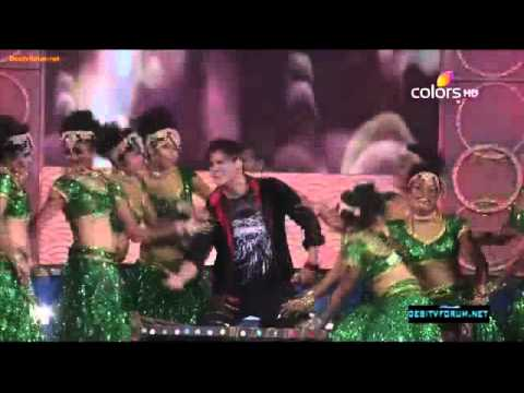 Vivek Oberoi  Dance Performance On Ganpat !! Umang Awads (2012...
