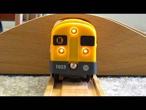 Brio & Wooden Thomas Toy ☆ Yellow Train, Thomas,Paint Thomas, Hilo, Luke, Double Tunnel Course