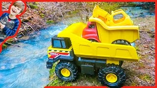 Construction Trucks for Children | Dump Trucks