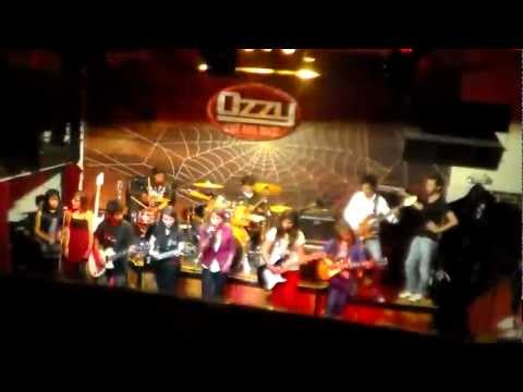 A DIOS LE PIDO(Cover Juanes) - ESTUDIANTES OPRA