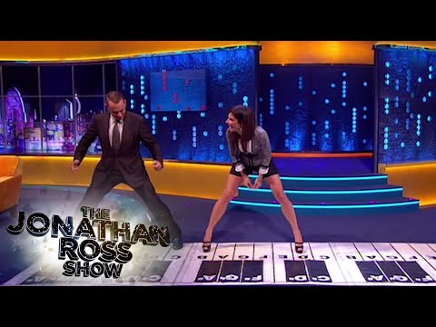Tom Hanks and Sandra Bullock Play Chopsticks - The Jonathan Ross Show