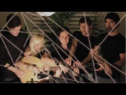 Somebody That I Used to Know - Gotye + Walk off the Earth MashUp Music Videos