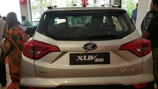 Mahindra XUV300 W8 & W6 Silver and Black Diesel variant