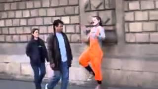 Mimo Street Comedian