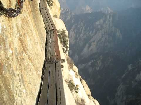 Huashan Cliffside Path (No Harness) - YouTube