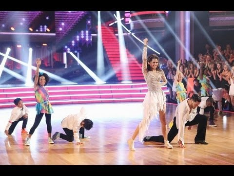 Zendaya Coleman & Val Chmerkovskiy - Supersize Freestyle - Week 10 The Finale