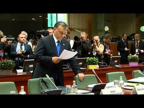 Merkel, Sarkozy meet EU leaders for talks on Greece (raw video)