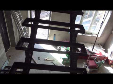 Лестница ( металлический каркас )