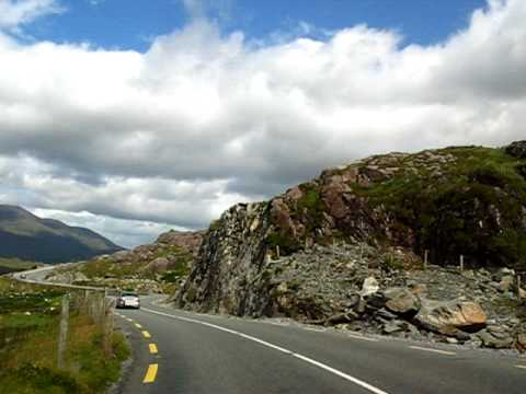 Driving in Ireland (Ring of Kerry).