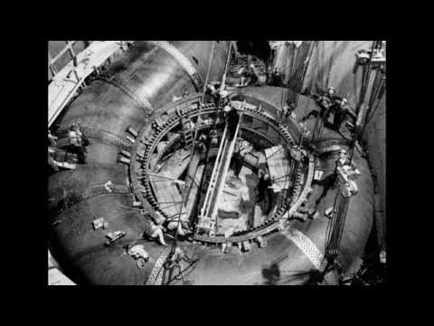 Building Grand Coulee Dam (Full Screen Best)