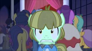 """The smooze comes throught the door """"Make new friends but keep discord"""" MLP:FIM -SEASON 5 -"""