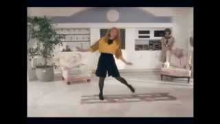 Shelley Long dances the Mashed Potato endlessly from