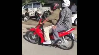 Samdech Hun Sen, go to fine by motor driving