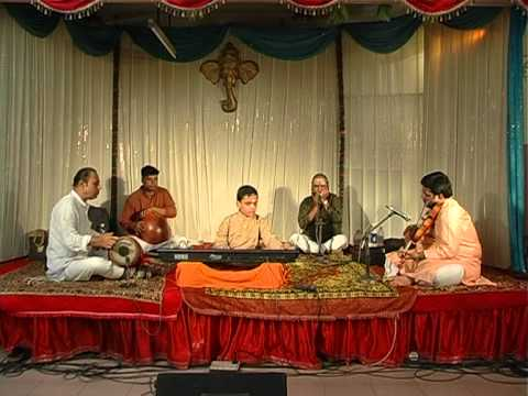 KEYBOARD BALAJI SRIRAM PLAYING BRAHMAM OKATE.