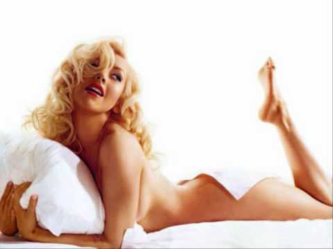 Christina Aguilera - Loving Me For Me (Interlude)