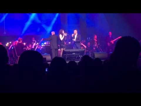 Kökény Attila / Radics Gigi - Pray ( Syma Koncert 2016. December 29.)