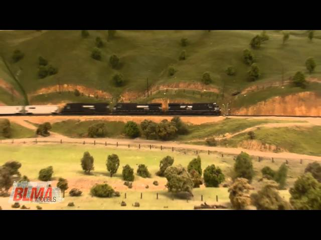 Huge HO Scale La Mesa Model Railroad Club Layout HD - JAN 2011