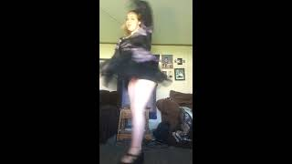 SKIMPY DRESS DANCE