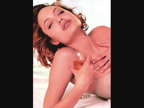 Sexy Hot Beautiful Angelina Jolie In Bed Photos.wmv video