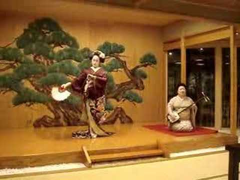 An evening with two Geishas