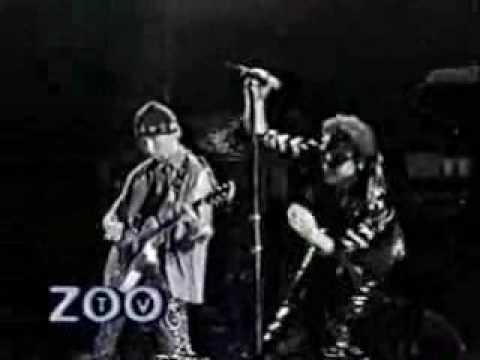 U2 So cruel live Milán ZOOTV