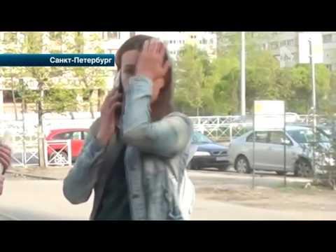 В Петербурге активисты стали невольными зрителями  шоу  от двух нарушительниц
