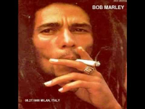 Bob Marley & the Wailers - Redemption Song  (live milano 1980...