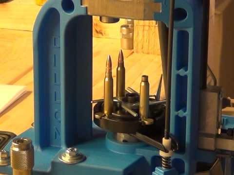 Reloading 22 rounds of .223 Remington on the Dillon RL550B 020912 (part 1)