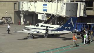 JetBlue, Cape Air, BOS Control Tower & Boarding Passengers @ Boston Logan Airport Terminal C