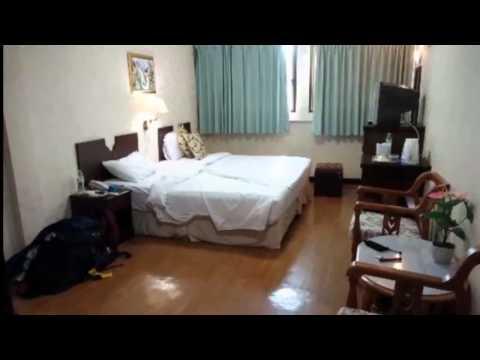 Queen Lotus Guest House, Queen Lotus Guest House bangkok hotel video