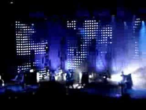 Snow Patrol - Headlights On Dark Roads