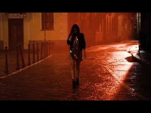 Ana de Armas protagoniza el nuevo corto de Campari
