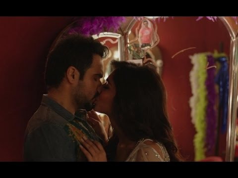 Humaima Malick Kissing Scene In Raja Natwarlal - Trouble In...