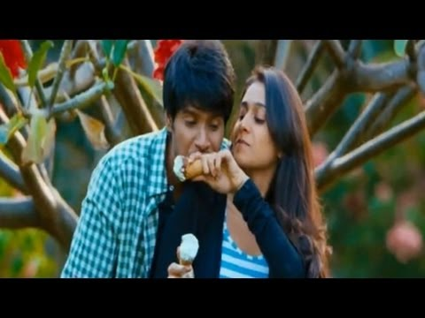 Neethone Vunna Video Song - Routine Love Story Movie video