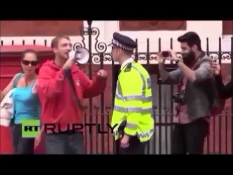 David Darby, Tommi Cayden Darby, Ecuadorian Embassy protest, newfathers4justice, CAFCASS, Assange