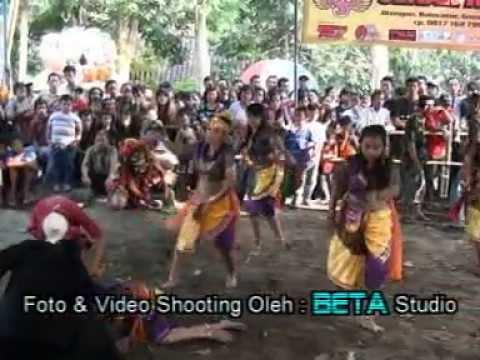Jatilan Sekar Kencono Babak Putri video