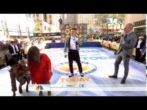 PSY - Interview (Live @ 2013 NBC Today Show)