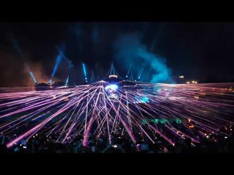 Tomorrowland 2017 W2 - Martin Garrix - Closing - Laser + Fireworks