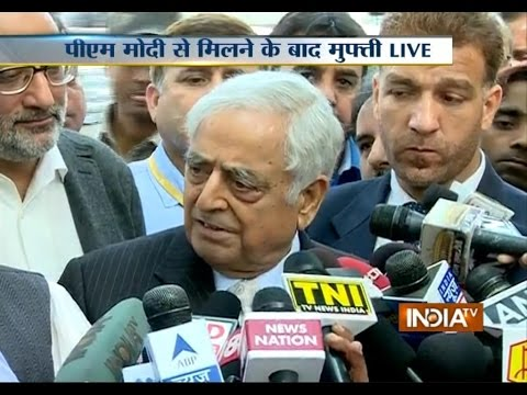 LIVE: Mufti Mohammad Sayeed Addressing Media after Meeting with PM Modi - India TV
