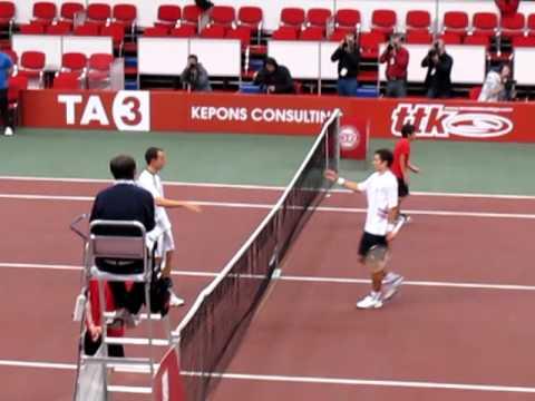 Dominik Hrbaty a jeho posledna lopticka na turnaji v Bratislave