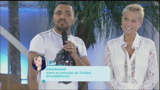 Tirulipa diverte convidados com seu stand-up